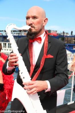 Stephan is een volleerd saxofoon speler